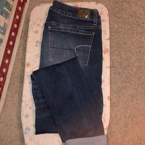 Sz12 X-Long American Eagle Outfitters dis. Jeans